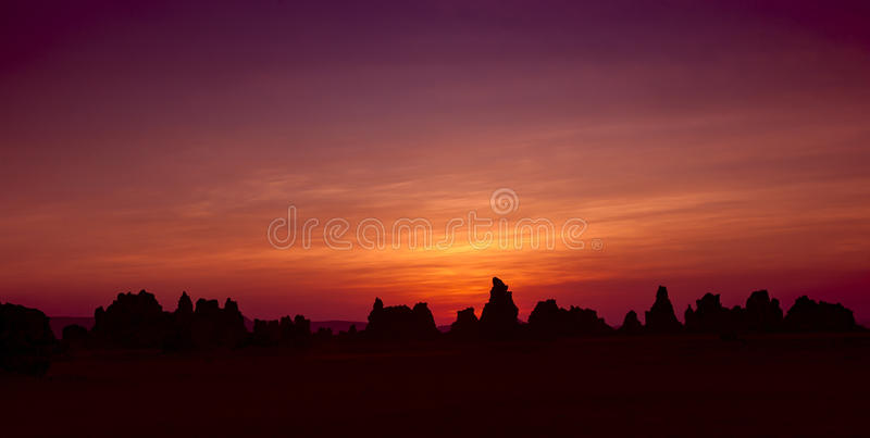 Ηλιοβασίλεμα στη λίμνη Abbe στοκ εικόνες