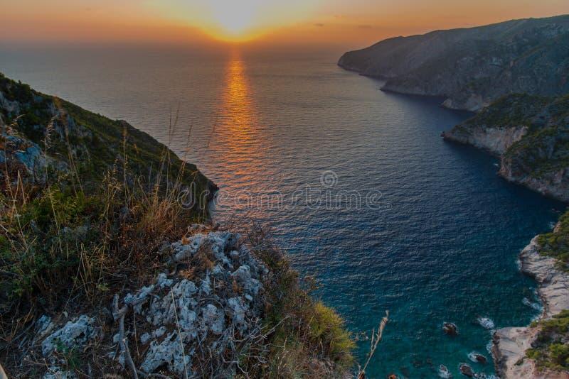 Ηλιοβασίλεμα στη mediteranean θάλασσα στοκ φωτογραφία με δικαίωμα ελεύθερης χρήσης