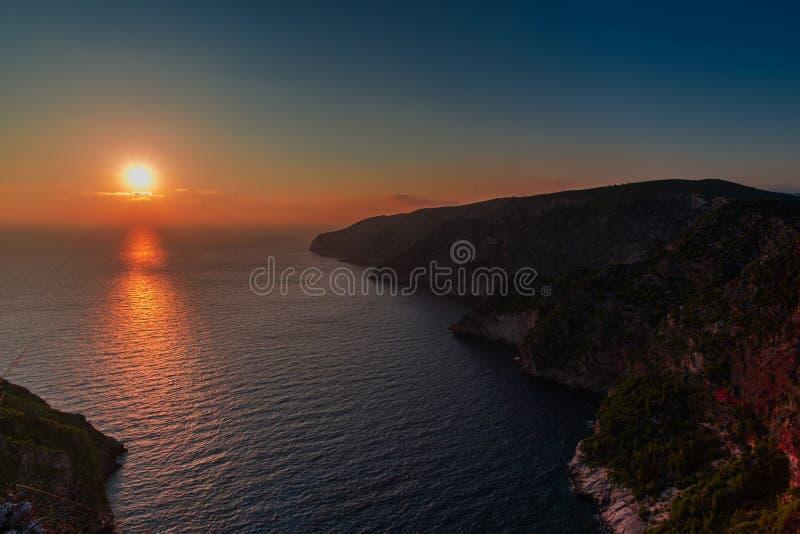 Ηλιοβασίλεμα στη mediteranean θάλασσα στοκ εικόνες