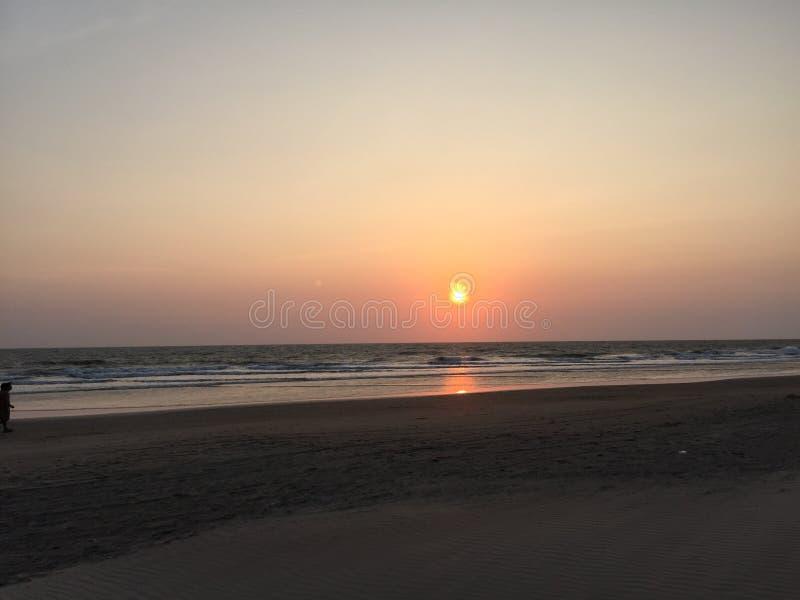 Ηλιοβασίλεμα στον ορίζοντα στοκ φωτογραφία