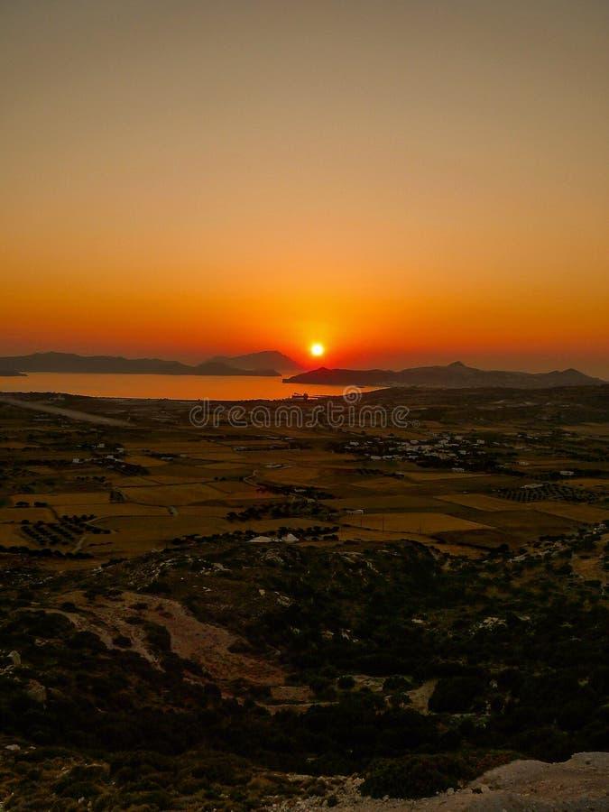 Ηλιοβασίλεμα στο νησί της Μήλου (Ελλάδα) στοκ φωτογραφία με δικαίωμα ελεύθερης χρήσης