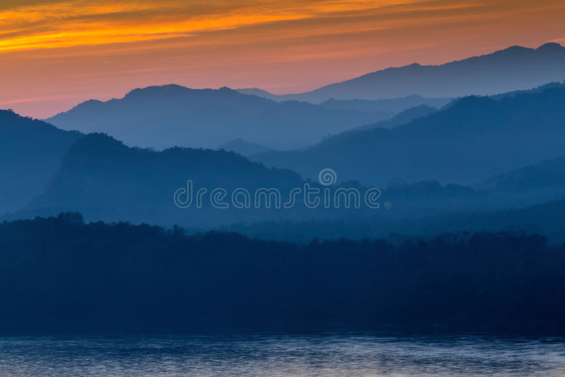 Ηλιοβασίλεμα στο luang prabang, Λάος στοκ εικόνες