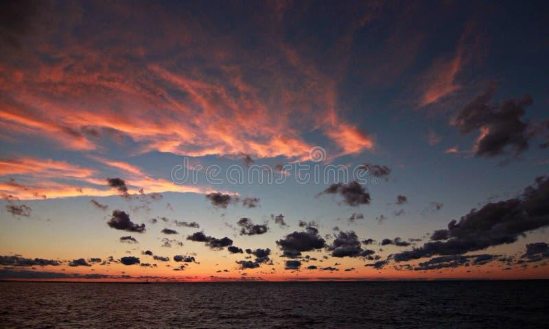 Ηλιοβασίλεμα του Κλίβελαντ στοκ φωτογραφίες