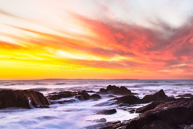 Ηλιοβασίλεμα του ωκεανού στο Καίηπ Τάουν στοκ φωτογραφία