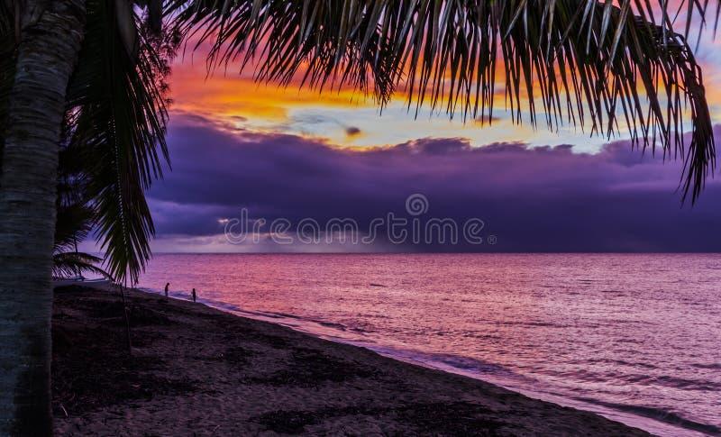 Ηλιοβασίλεμα Χαβάη στοκ εικόνα με δικαίωμα ελεύθερης χρήσης