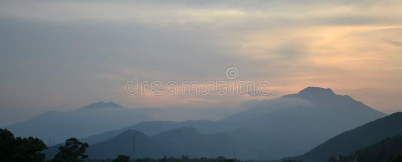Ηλιοβασίλεμα DA Nang στοκ φωτογραφία με δικαίωμα ελεύθερης χρήσης