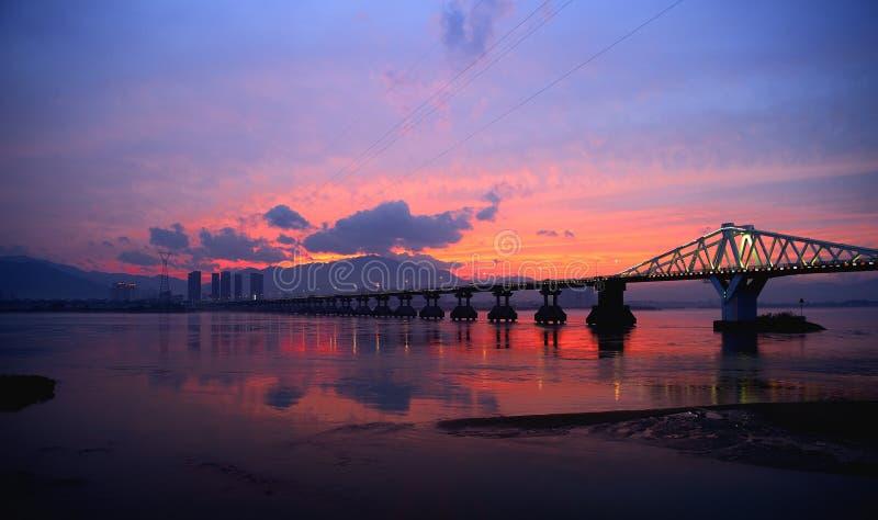 Ηλιοβασίλεμα Minjiang στοκ εικόνες με δικαίωμα ελεύθερης χρήσης