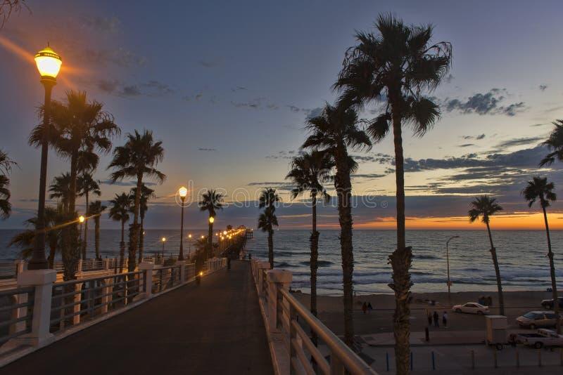 Ηλιοβασίλεμα Oceanside στοκ φωτογραφίες