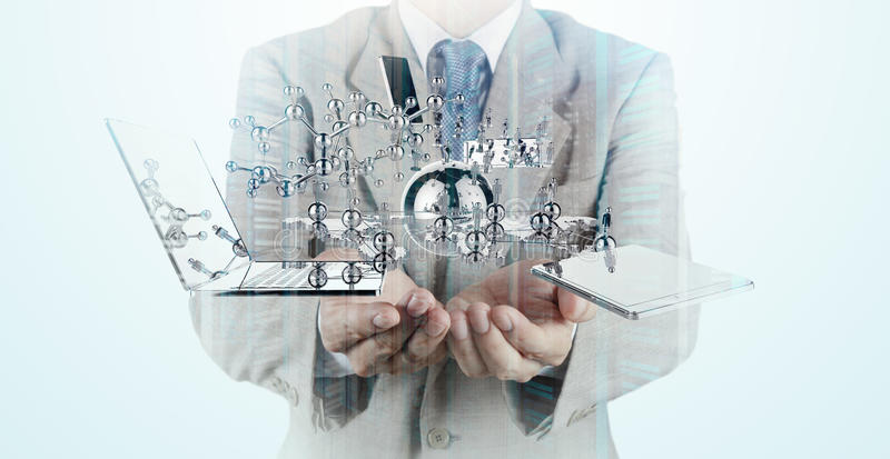 Η διπλή έκθεση του επιχειρηματία παρουσιάζει σύγχρονη τεχνολογία στοκ φωτογραφία