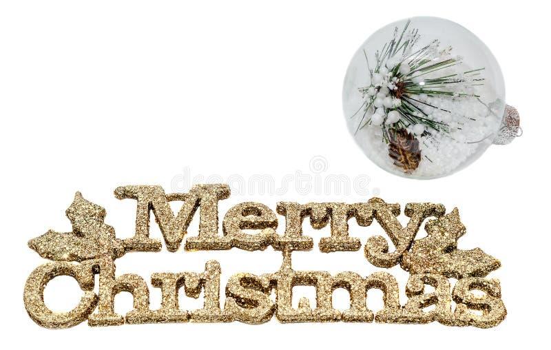 Η κίτρινη Χαρούμενα Χριστούγεννα σπινθηρίσματος γράφει, επιστολές με τη σφαίρα Χριστουγέννων που γεμίζουν με τις ακίδες πεύκων κα διανυσματική απεικόνιση