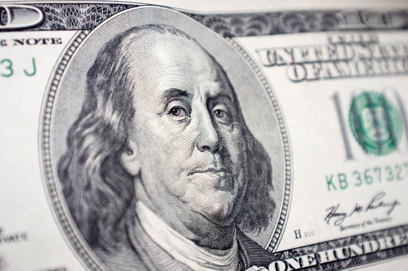 Η κινηματογράφηση σε πρώτο πλάνο του προσώπου του Benjamin Franklin στο λογαριασμό 100 δολαρίων στοκ φωτογραφίες με δικαίωμα ελεύθερης χρήσης