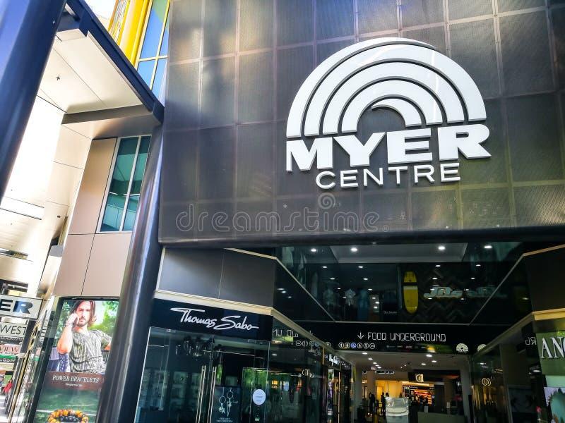 Η κυρία είσοδος του εμπορικού κέντρου Myer στη λεωφόρο Rundle στοκ φωτογραφία με δικαίωμα ελεύθερης χρήσης