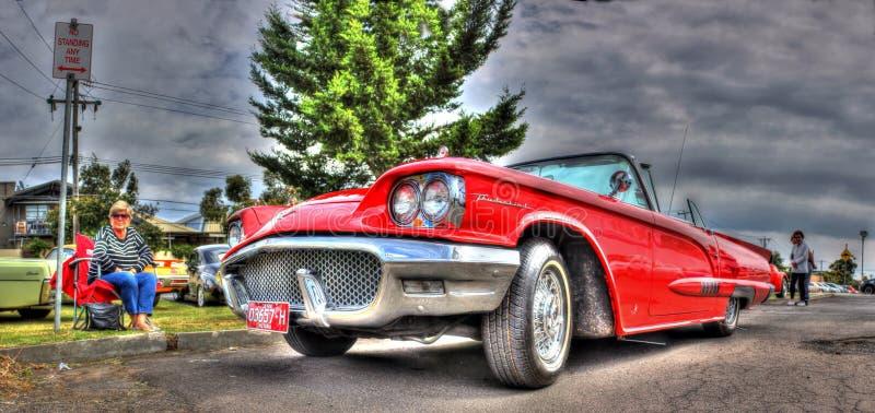Η κόκκινη Ford Thunderbird στοκ εικόνα