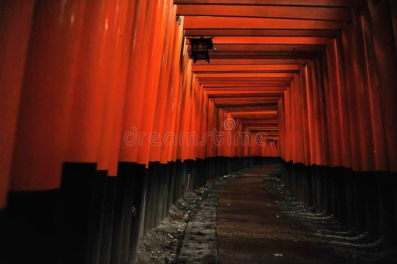 Η λάρνακα Inari Fushimi (Κιότο, Ιαπωνία) στοκ φωτογραφίες
