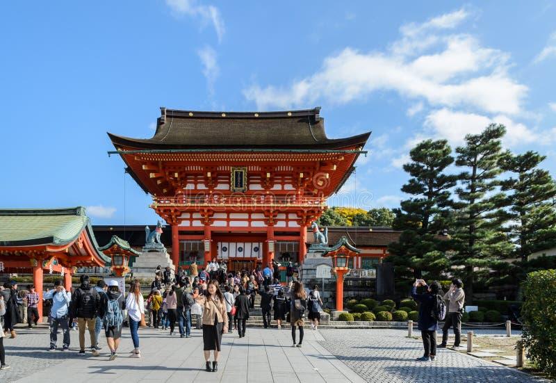 Η λάρνακα Inari Taisha Fushimi στο Κιότο, Ιαπωνία στοκ εικόνες