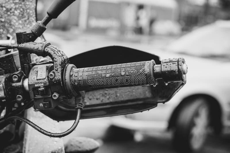 Η λαβή της μοτοσικλέτας στοκ εικόνες με δικαίωμα ελεύθερης χρήσης