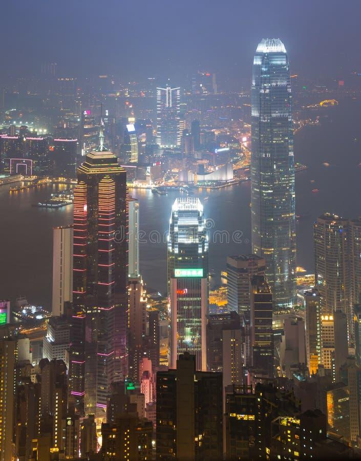 Η μέγιστη πόλη Χονγκ Κονγκ στην υδρονέφωση στοκ φωτογραφίες με δικαίωμα ελεύθερης χρήσης