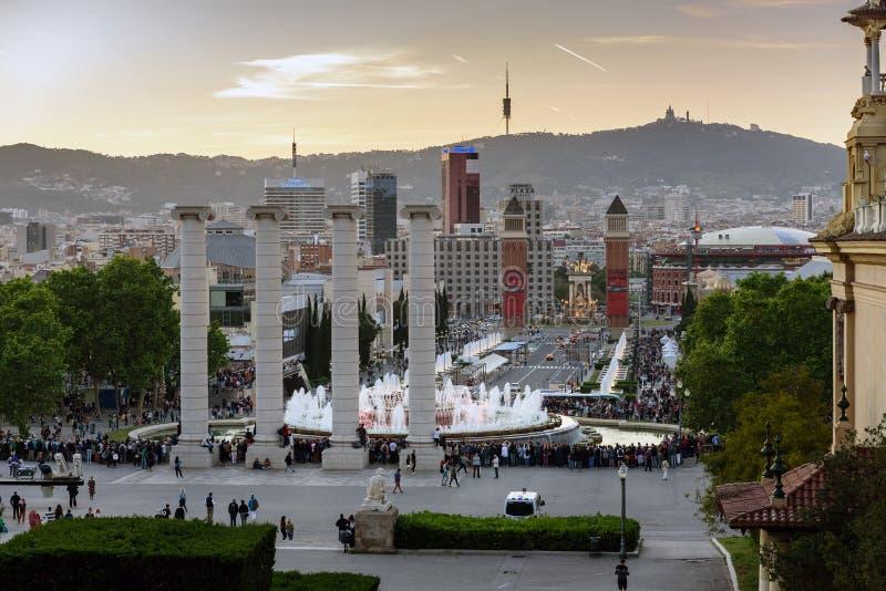 Η μαγική πηγή παρουσιάζει ότι σε Montjuic τοποθετήστε στην πόλη της Βαρκελώνης, Καταλωνία, Ισπανία στοκ φωτογραφία με δικαίωμα ελεύθερης χρήσης