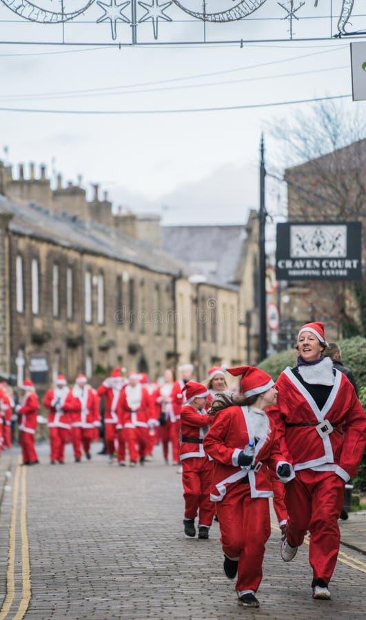 Η μεγάλη διασκέδαση Skipton Santa τρέχει το 2017, Μεγάλη Βρετανία στοκ εικόνα με δικαίωμα ελεύθερης χρήσης
