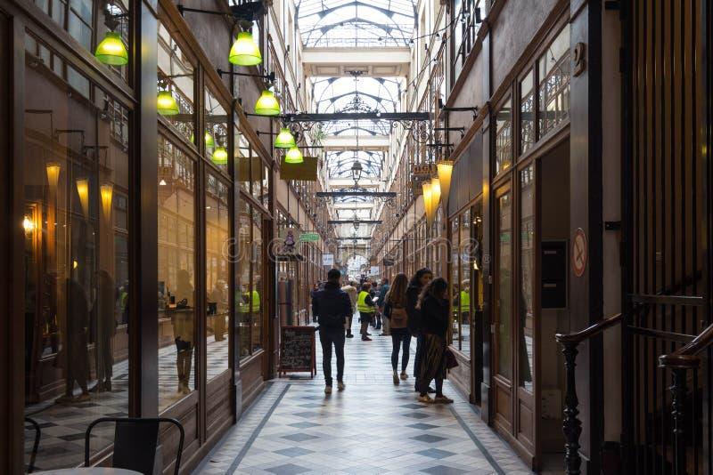 Η μεγάλη μετάβαση Cerf είναι μια από τη μεγαλύτερη που καλύπτεται arcades στο Παρίσι στοκ εικόνες