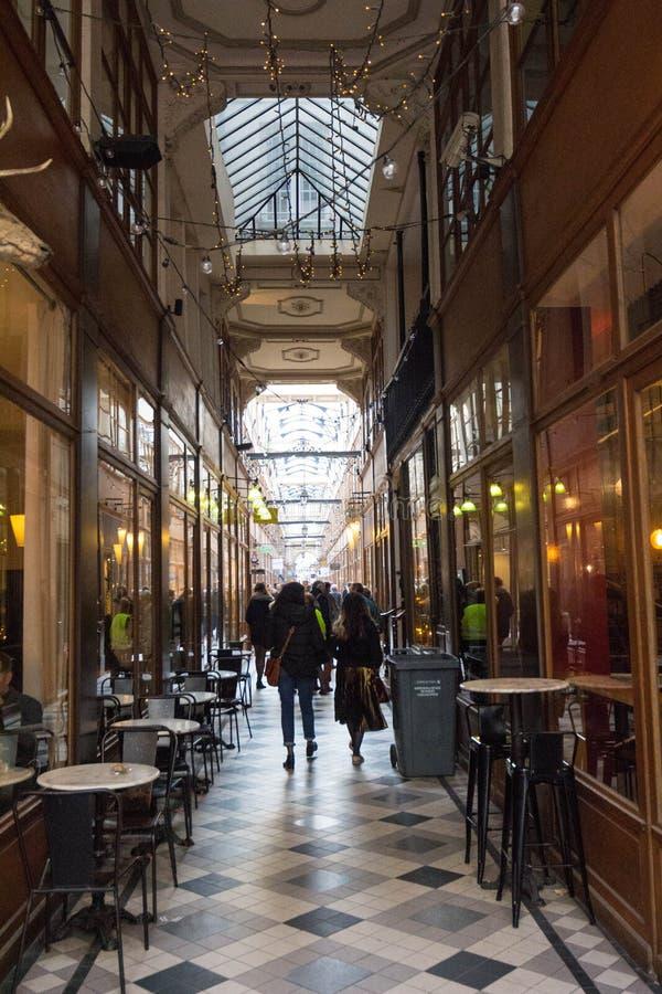 Η μεγάλη μετάβαση Cerf είναι μια από τη μεγαλύτερη που καλύπτεται arcades στο Παρίσι στοκ εικόνα