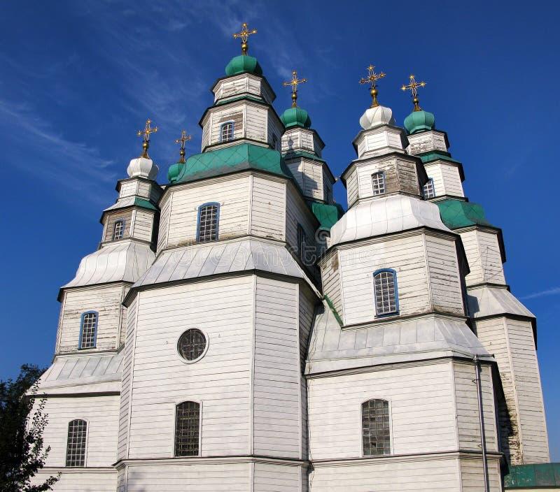 Η μεγαλύτερη ξύλινη εκκλησία της Ουκρανίας, ιερός καθεδρικός ναός τριάδας σε Novomoskovsk στοκ φωτογραφίες με δικαίωμα ελεύθερης χρήσης