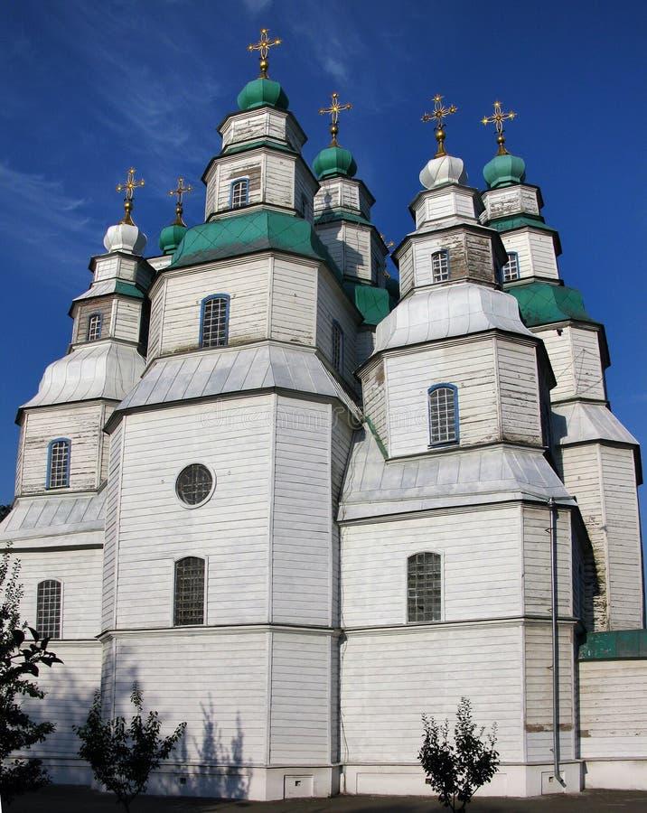 Η μεγαλύτερη ξύλινη εκκλησία της Ουκρανίας, ιερός καθεδρικός ναός τριάδας σε Novomoskovsk στοκ φωτογραφίες