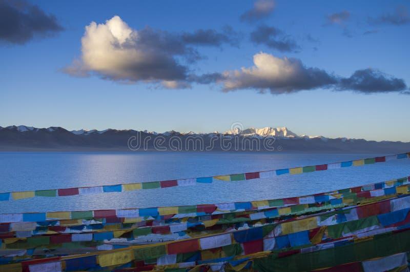 Η μεγαλύτερη λίμνη στο Θιβέτ στοκ φωτογραφίες