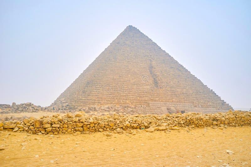 Η μικρή πυραμίδα Menkaure σε Giza, Αίγυπτος στοκ φωτογραφία με δικαίωμα ελεύθερης χρήσης