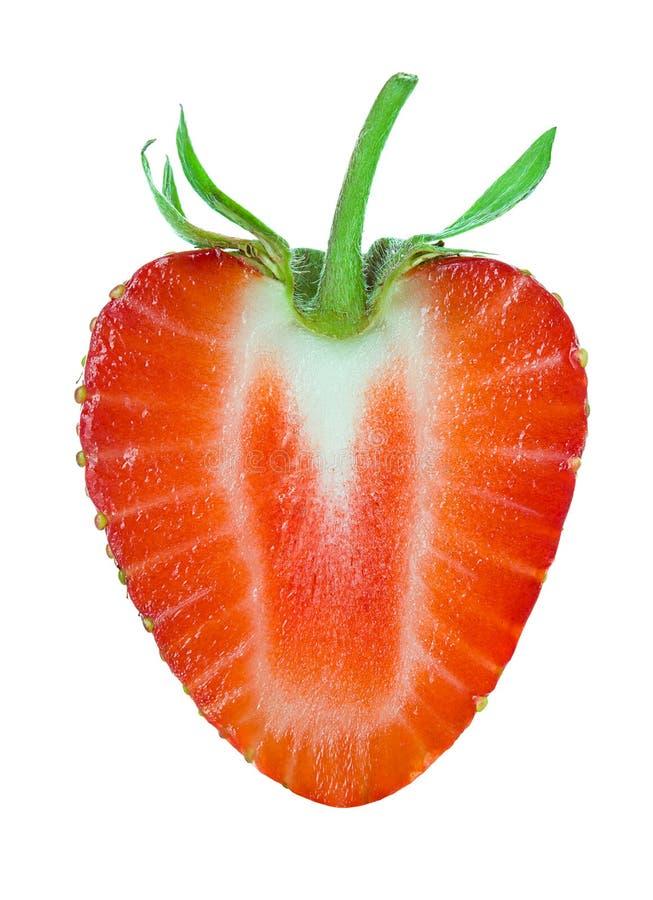 Η μισή από τη φράουλα που απομονώνεται στο λευκό στοκ εικόνες με δικαίωμα ελεύθερης χρήσης