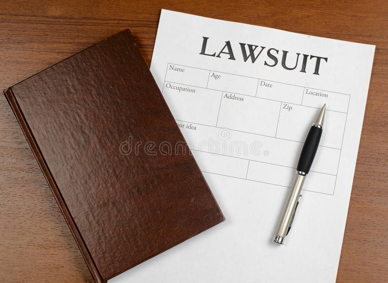Η μορφή της δίκης είναι στον πίνακα στοκ φωτογραφία με δικαίωμα ελεύθερης χρήσης