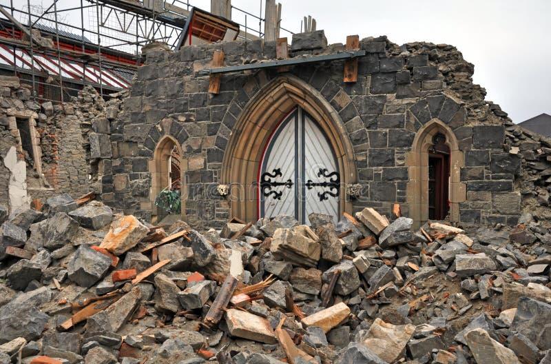 Η μπροστινή πόρτα όλα αυτά παραμένει της εκκλησίας μετά από Christchurch Earthqu στοκ φωτογραφία με δικαίωμα ελεύθερης χρήσης