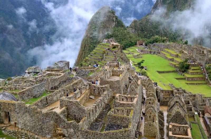 Η μυστήρια ακρόπολη Incan Machu Picchu στην υδρονέφωση, αρχαιολογική περιοχή στην περιοχή Cusco, επαρχία Urubamba, Περού στοκ εικόνες