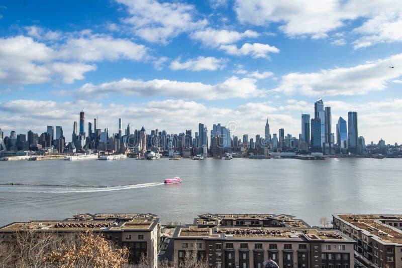 Η Νέα Υόρκη, Νέα Υόρκη/ένωσε τον κράτος-Δεκέμβριο 26, 2018 - άποψη του της περιφέρειας του κέντρου Μανχάταν στοκ εικόνα