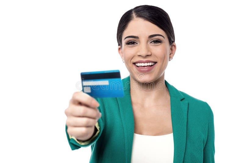 Η νέα χρυσή πιστωτική κάρτα μας στοκ εικόνα