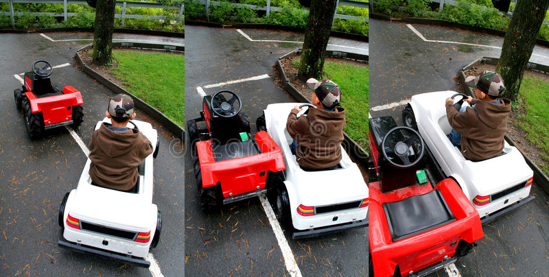 η οδήγηση κάρρων πηγαίνει στοκ φωτογραφία με δικαίωμα ελεύθερης χρήσης