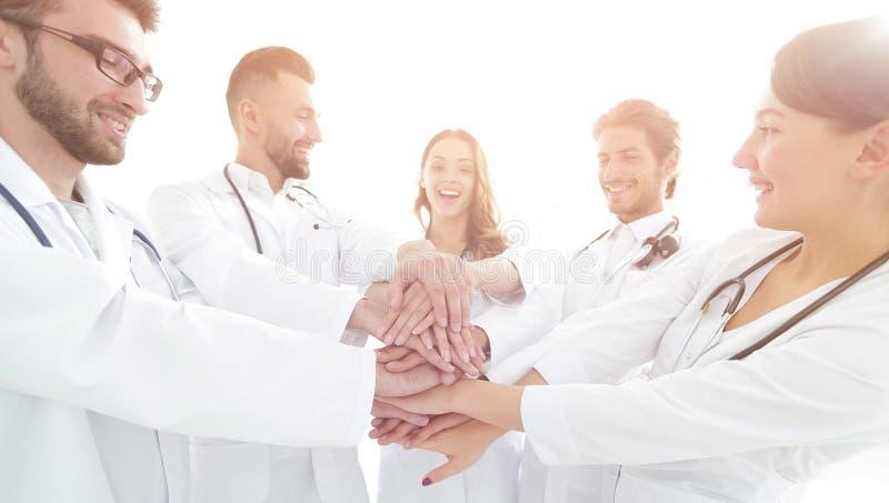 Η ομάδα ιατρικών οικότροφων παρουσιάζει ενότητά τους στοκ φωτογραφίες