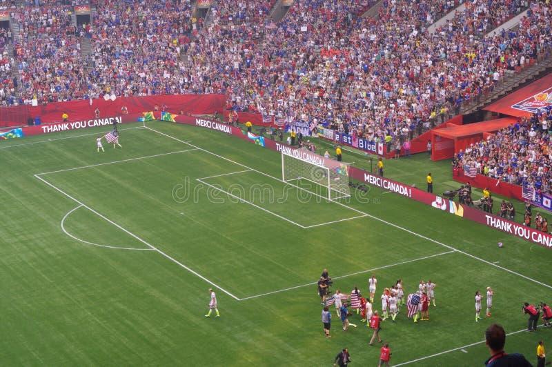 Η ομάδα ποδοσφαίρου αμερικανικών γυναικών γιορτάζει τη νίκη του Παγκόσμιου Κυπέλλου της FIFA του 2015 στοκ φωτογραφίες με δικαίωμα ελεύθερης χρήσης