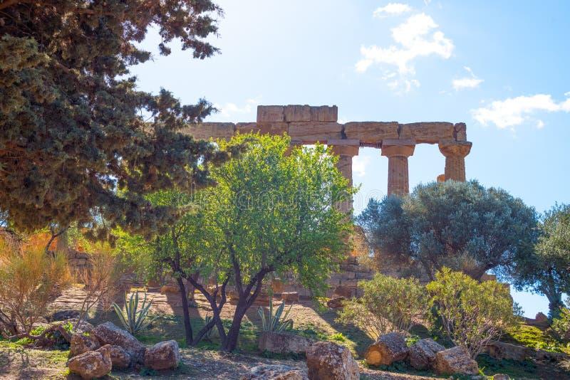 Η ομορφιά της τέχνης και φύση της επαρχίας του Agrigento στοκ φωτογραφία