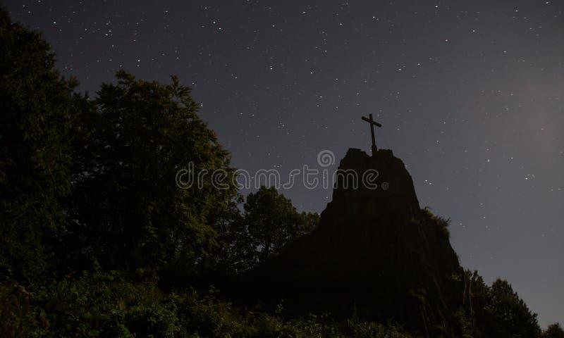 Η πέτρα Druidenstein πλησίον η Γερμανία τη νύχτα στοκ φωτογραφίες με δικαίωμα ελεύθερης χρήσης