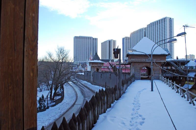 Η παγωμένη σαφής χειμερινή ημέρα Izmailovo Κρεμλίνο πόλη Μόσχα στοκ εικόνες με δικαίωμα ελεύθερης χρήσης