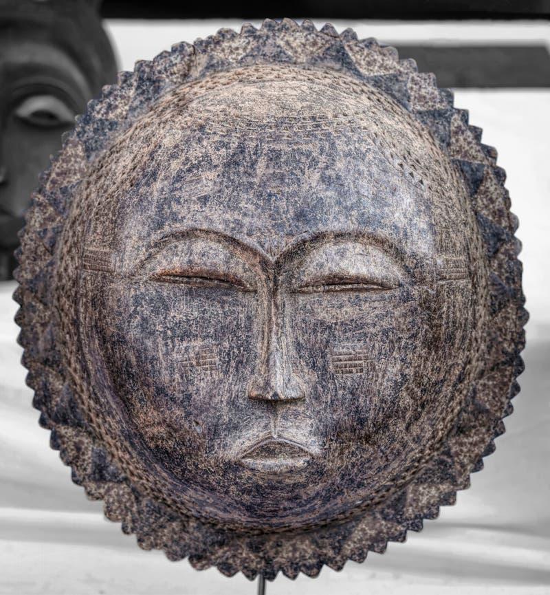 Η παραδοσιακή αφρικανική πρωτόγονη γηγενής τέχνη μασκών στοκ φωτογραφίες με δικαίωμα ελεύθερης χρήσης