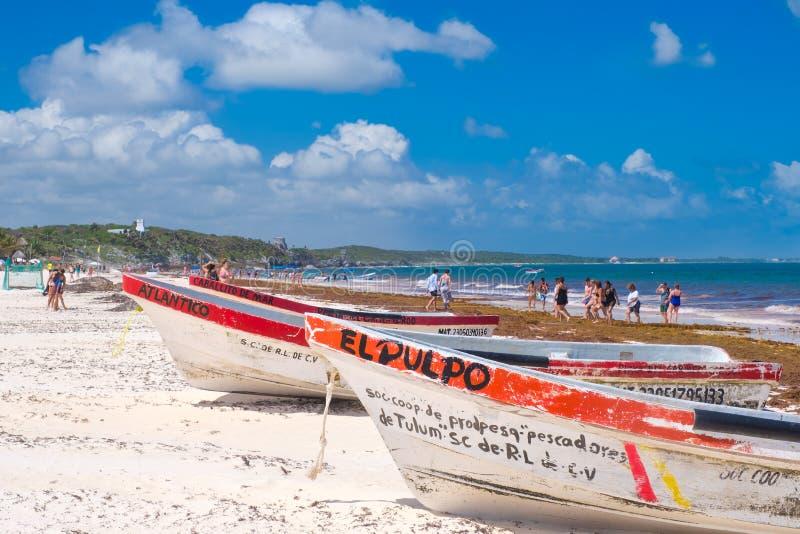 Η παραλία κοντά στις αρχαίες καταστροφές Tulum στο των Μάγια Riviera στοκ εικόνες