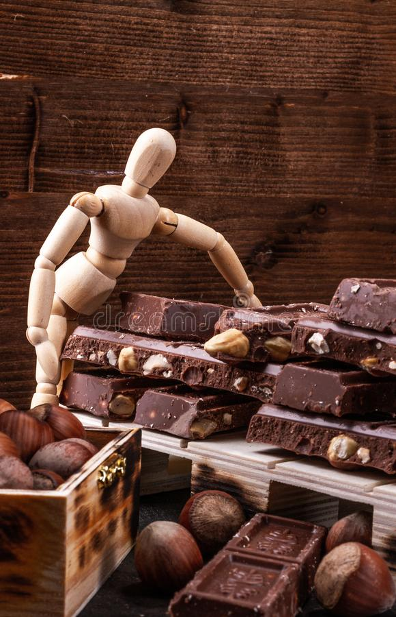 Η παρουσίαση Πρότυπο presentig μια παραγωγή και μια συσκευασία μια σοκολάτα στοκ εικόνες