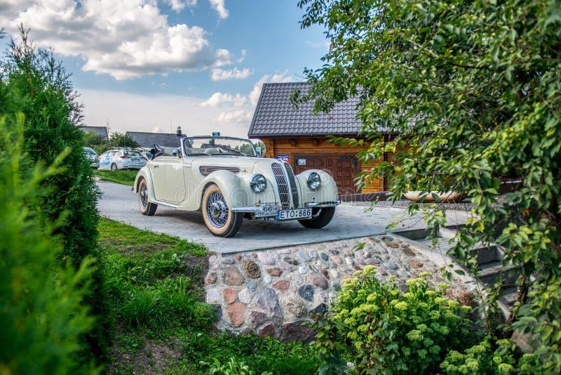 Η παλαιά εκλεκτής ποιότητας Bmw αυτοκινήτων στοκ φωτογραφία με δικαίωμα ελεύθερης χρήσης