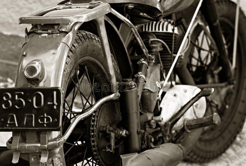 Η παλαιά πινακίδα αριθμού κυκλοφορίας της μοτοσικλέτας στοκ εικόνες