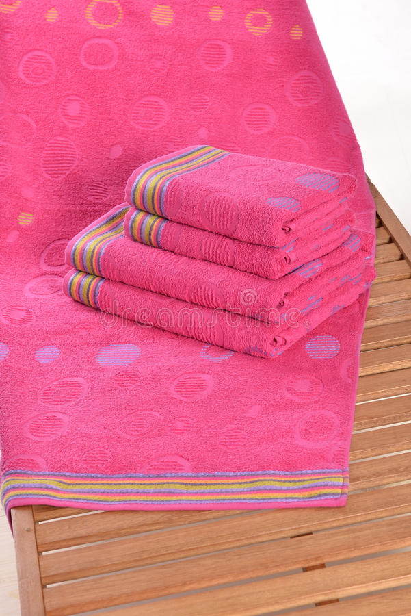 Η πετσέτα επάνω στοκ εικόνα