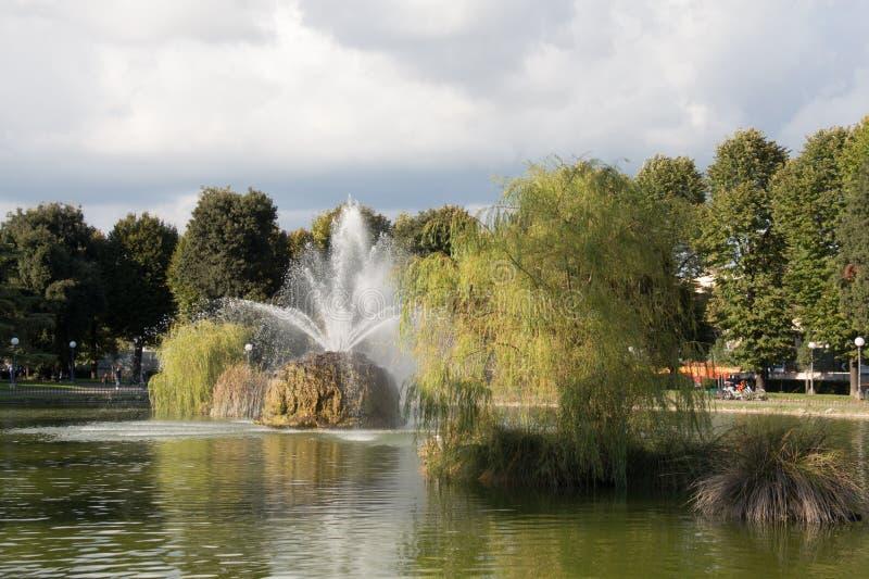 Η πηγή στον κήπο Fortezza DA Basso Φλωρεντία Ιταλία στοκ φωτογραφία με δικαίωμα ελεύθερης χρήσης