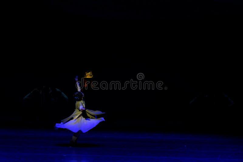 Η πικρία του Qin το μητέρα-τριών actï ¼ š ` όνειρο να τεμαχίσει το μετάξι ` - επική πριγκήπισσα ` μεταξιού δράματος ` χορού στοκ φωτογραφία