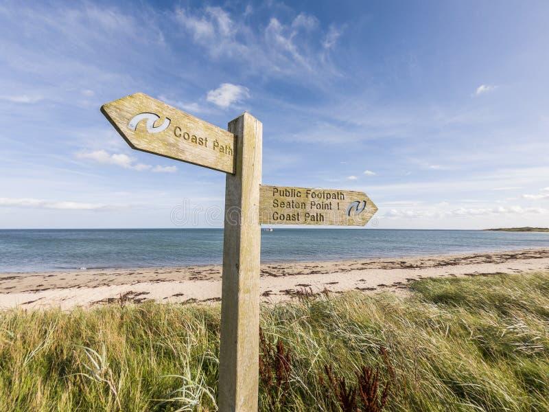 Η πορεία ακτών της Northumberland καθοδηγεί στοκ εικόνα με δικαίωμα ελεύθερης χρήσης